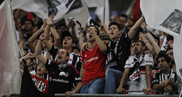Beşiktaş taraftarına kombine sürprizi