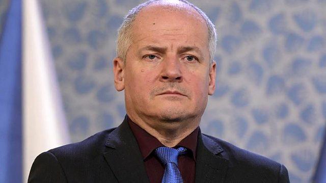 Çekya'da Sağlık Bakanı'ndan büyük skandal! Korona kurallarını hiçe saydı, istifası isteniyor